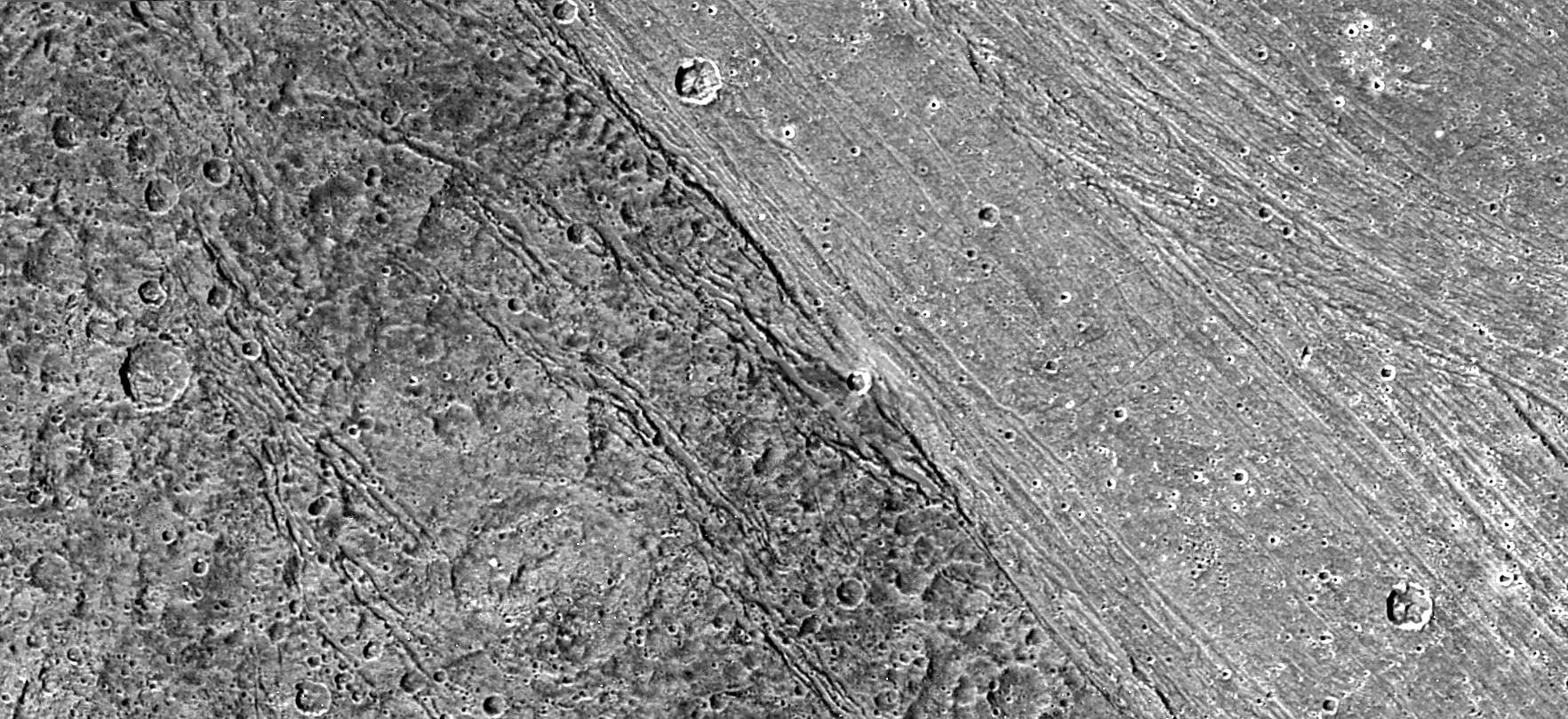 Ganymede_terrain