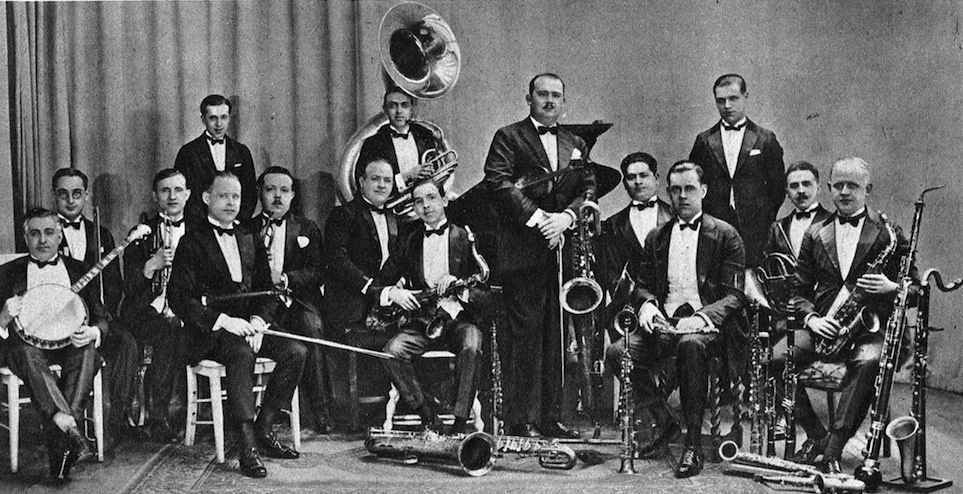 Paul Whiteman And His Orchestra - Last Night I Dreamed You Kissed Me - Evening Star